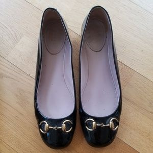 Black Gucci flats